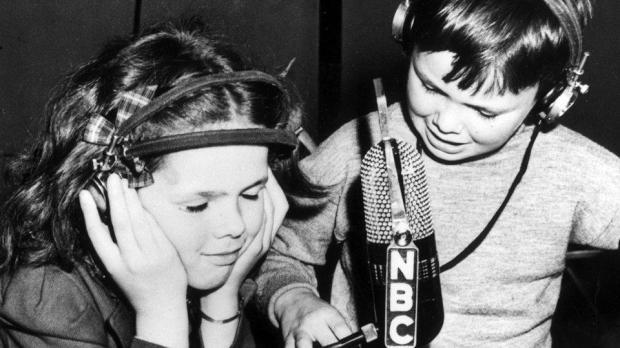 ChildrenRadio_01